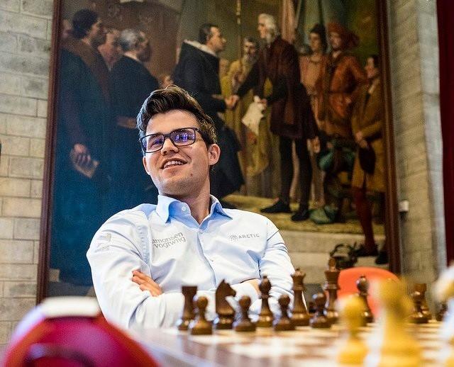 Duell mellom Magnus og Wesley So i Grand Chess Tour Leuven